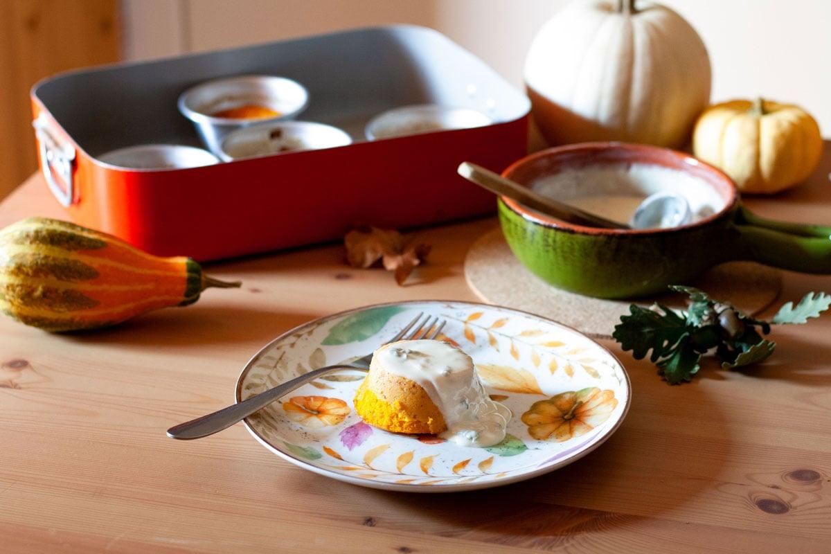 flan di zucca con salsa al gorgonzola