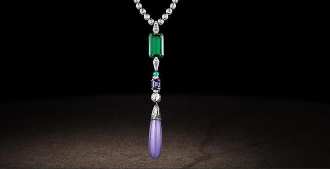 Chaumet.fr - collier in platino con smeraldo e giada lilla, collana in diamanti