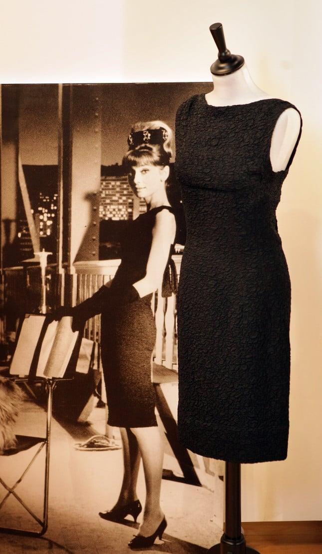 Il classico tubino indossato da Audrey Hepburn in Colazione da Tiffany