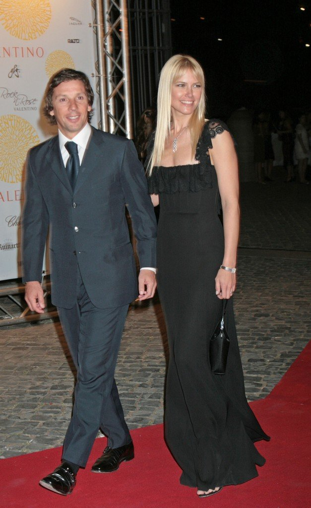 Valeria Mazza e il marito fanno coppia fissa da oltre 20 anni e hanno quattro figli: tre maschi e una femmina